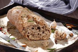 fullkornigt bröd foto