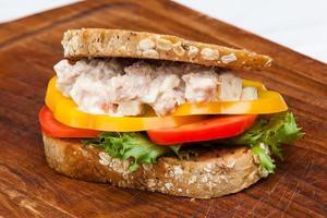 fisk smörgås foto