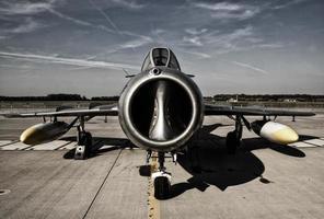 militära flygplan, jaktflygplan foto