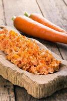 torkade morötter. foto