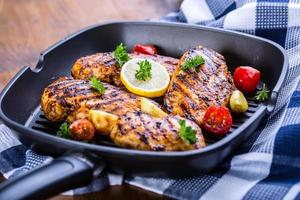 grillad kycklingbröst i olika varianter