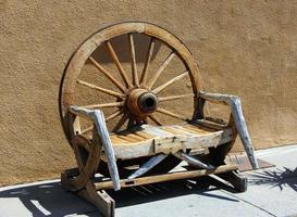 bänk western tillverkad foto