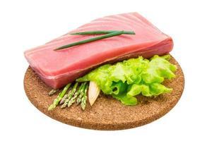 tonfisk rå biff foto