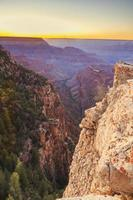 Grand Canyon National Park - södra kanten vid solnedgången foto