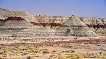 färgglada teepees av målad öken foto