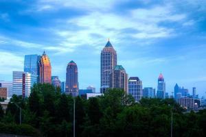 Atlanta centrum i skymningen foto