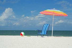 strand nödvändigheter foto