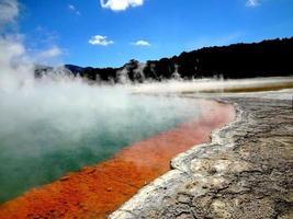 wai-o-tapu termiskt underland foto