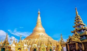shwedagon pagod i yagon, myanmar foto