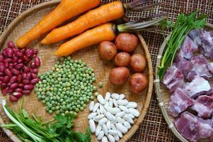 vietnamesisk mat, grönsaksoppa foto