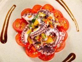 bläckfisk sallad