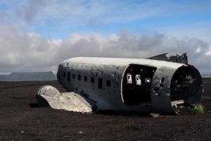 vraket av ett us militärplan kraschade på Island foto