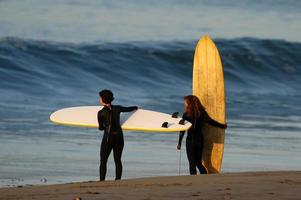 Kalifornien surfar flickor foto