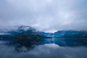 naturskön utsikt över Hallstatt, Österrike foto