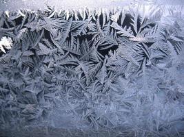frysta vinterfönster foto