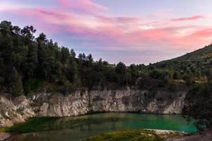 färgglad sjö foto