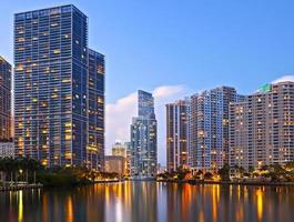 Miami florida vid solnedgången foto
