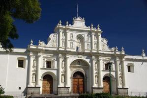 katedral i antigua, guatemala foto