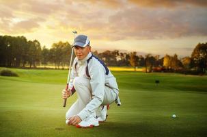 porträtt av man golfare foto