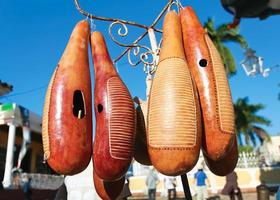 berömda cubbean instrument gjord av frukt foto