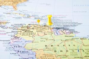 Venezuela karta med tryckstift foto