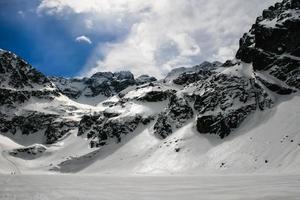 snö i polska bergen foto