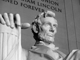 abraham lincoln - minnesmärke i lincoln i Washington DC foto