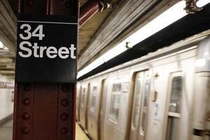 New York: tunnelbana - 34th street foto
