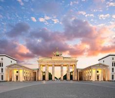 berlin, Brandenburg gate på natten foto