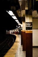 brooklyn bridge city hall tunnelbanestation foto