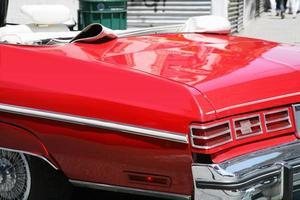 klassisk röd cabrioletbil foto