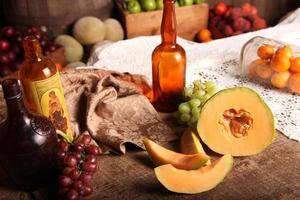 gammal tid frukt tabell inställning foto