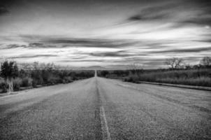 Sydafrika svartvitt: vägen foto
