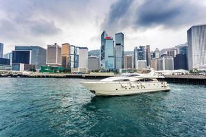 yacht, stadsbild och hamnen i Hongkong, foto