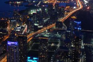 city scape på natten i Toronto, Kanada foto