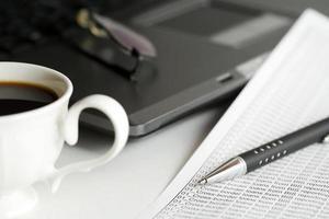 kaffe och bokföring foto