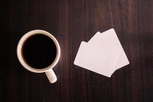 kaffe och visitkort foto