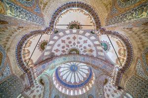 kupolen av den blå moskén i istanbul foto
