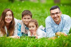 familjen på fritiden foto