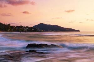 tropisk solnedgång. foto