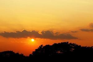 orange solnedgång foto