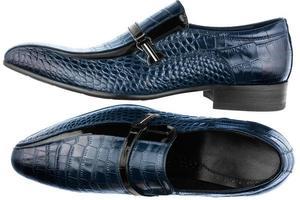 klassiska mäns blå skor foto
