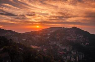 lushan ljusare solnedgång foto