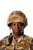 svart kvinnlig soldat foto