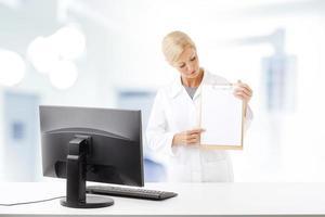 kvinnlig läkare foto