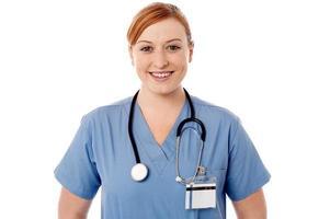 ganska ung kvinnlig läkare foto