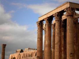 grekiskt tempel och akropolis foto