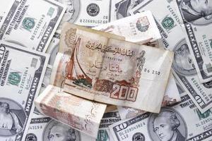dollar och dinar foto