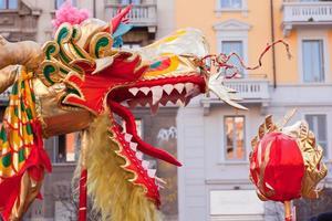 kinesiska nyårsparaden i milan foto