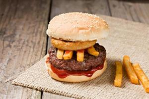 barns hamburgare foto